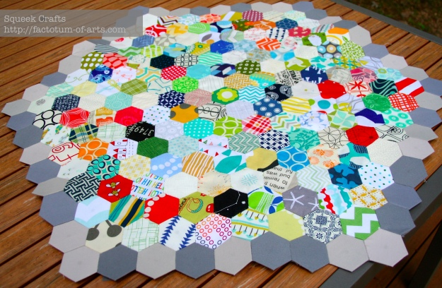 Hexagon_LapQuilt